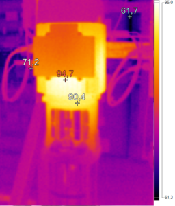 Thermografie einer Pumpe in Betrieb